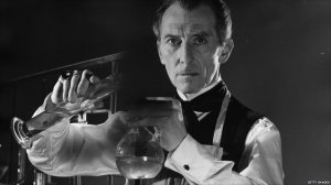 frankenstein_peter_cushing